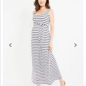 Maxi sleeveless maternity dress size medium stripe
